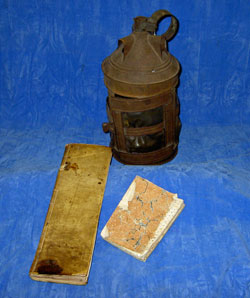 The Gillham family's smuggling latern and account book